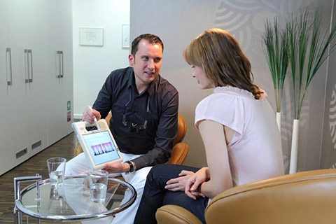 Arzt – Patienten Gespräch
