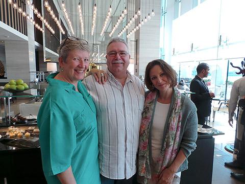 Chef Günter mit Andrea Werner und Uschi Mahl