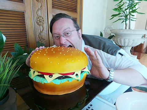 Burger-Torte zum Anbeißen