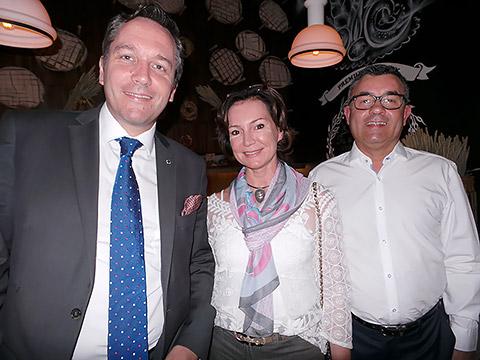 Siegfried Nierhaus mit Gästen