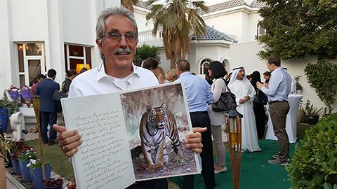 Dr. Ulli mit Tiger