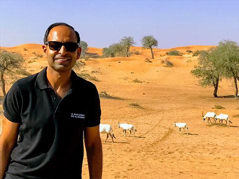 Amit Arora mit Oryx-Antilopen