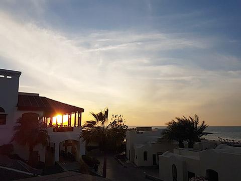 Terrasse bei Sonnenuntergang