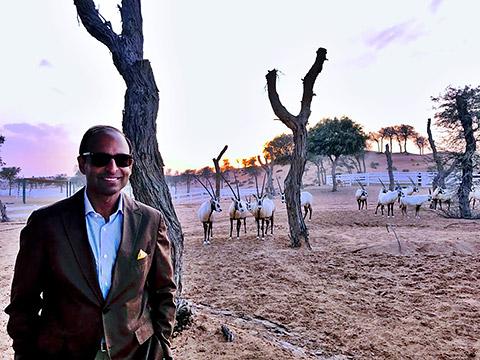 Amit mit Oryx Antilopen