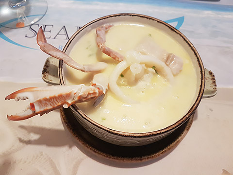 Seafood-Suppe
