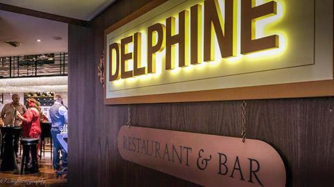 Delphine Bar