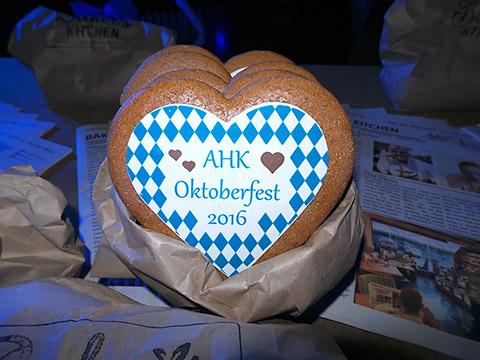 Oktoberfest-Herzerl 2016