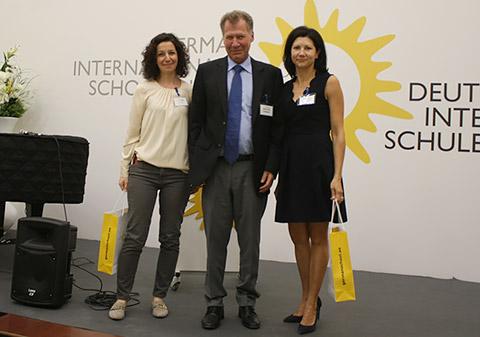 Helmut Jolk mit Rima Noah und Manuela Meitza