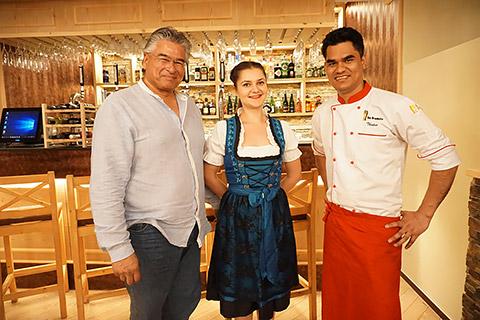 Mike mit Lenuta und Thakur