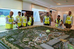 Delegation und Expo-Mitarbeiter