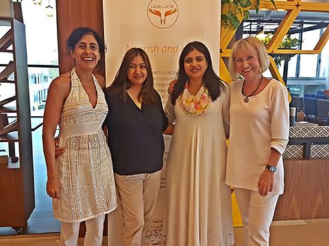 Irina, Rukhsana, Neha und Barbara