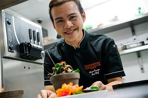 Chef Anan