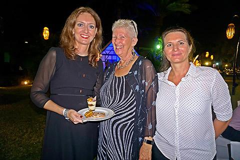 Nadine und Steffi mit Uschi Mahl