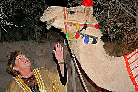 Uschi mit Kamel