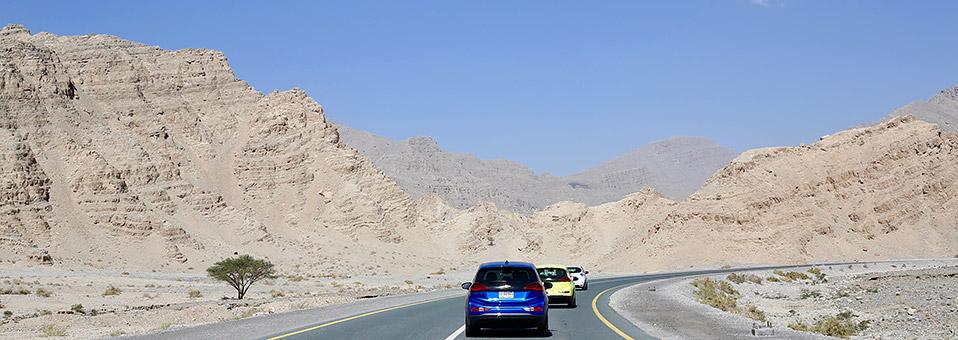 Mit Elektroautos zum Jebel Jais
