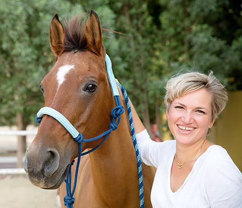 Monica mit Pferd