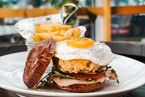 Brothaus Bavarian Burger