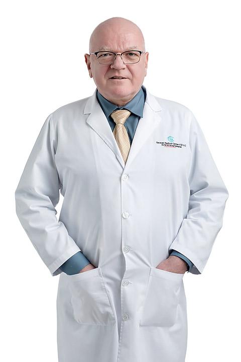 Dr. Diethart Bayer