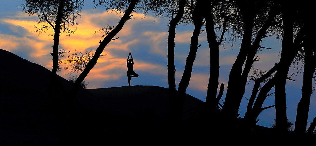Wellness und Yoga am Strand und in der Wüste