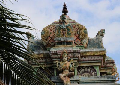 35 Tempel